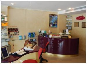 Lauras Skin Management Specialists - Dentists Hobart